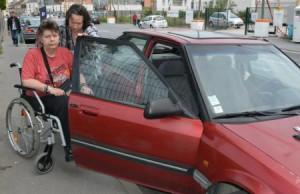 Patricia et Brigitte sont sans logement. La première a été victime d'un AVC en 2009, la seconde est handicapée.