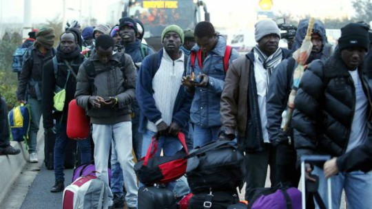 immigration-les-titres-de-sejours-delivres-en-hausse-en-france-en-2016