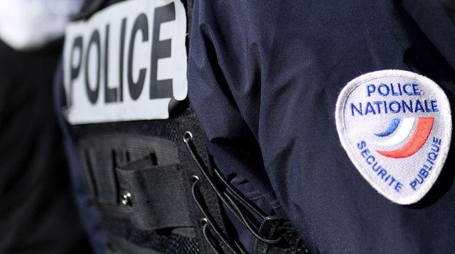 des-policiers-a-marseille-le-8-novembre-2016_5756383