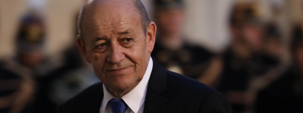 Le ministre des Affaires étrangères, Jean-Yves Le Drian, à l