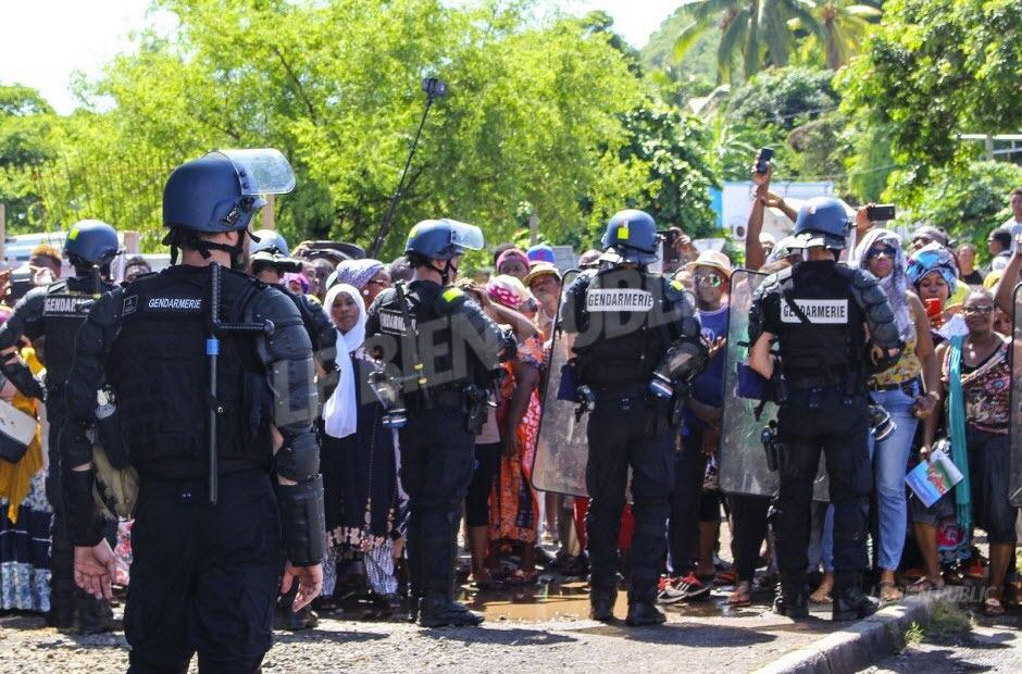 À Mayotte, 192 étrangers en situation irrégulière ont été éloignées du territoire. Photo AFP