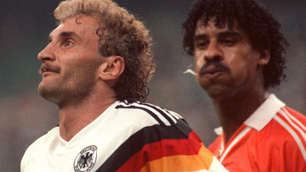 Voller / Rijkaard coupe du monde 1990