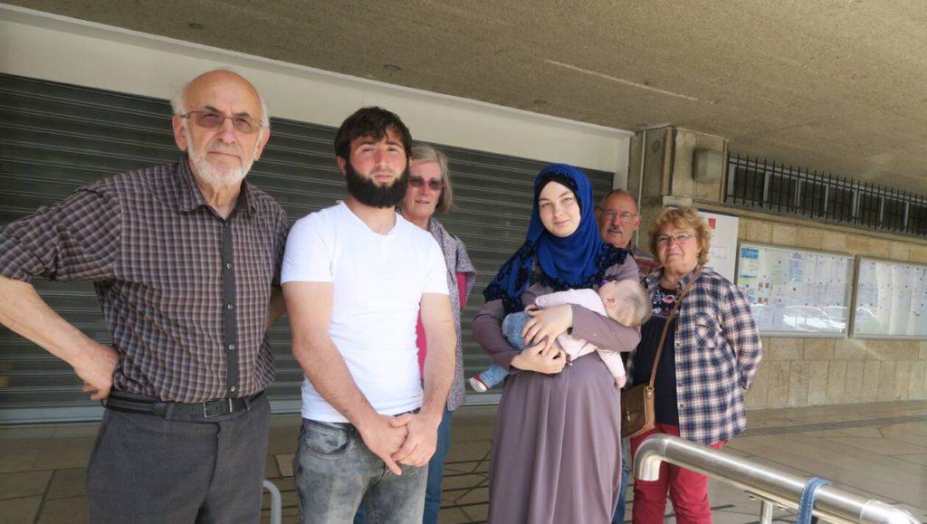Saint-Lô (50): une famille tchétchène sans hébergement, la préfecture répond
