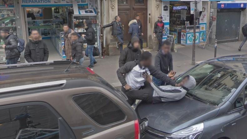 Google Street View révèle-t-il… une agression boulevard de la Chapelle à Paris ?