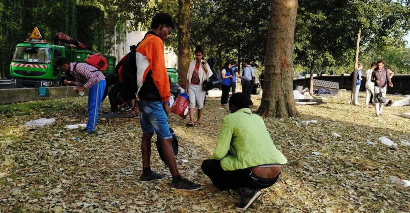 Paris : 400 migrants évacués de la porte d'Aubervilliers