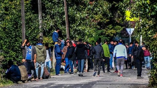 Grande-Synthe (59) : le Conseil d'Etat condamne la préfecture à prendre des mesures sanitaires pour les migrants
