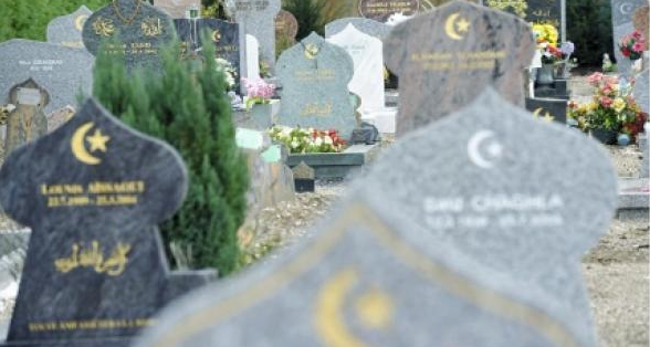 Forte surmortalité des hommes nés en France de parents nord-africains, en cause la discrimination sur le marché du travail