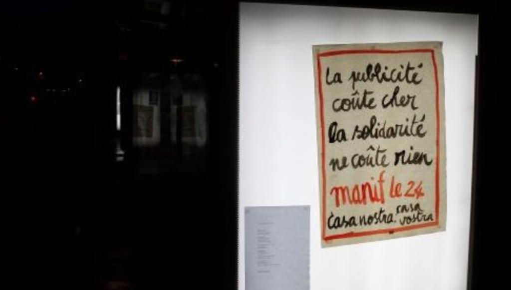 Montpellier (34): ils remplaçaient les publicités par des affiches en faveur de l'accueil des migrants