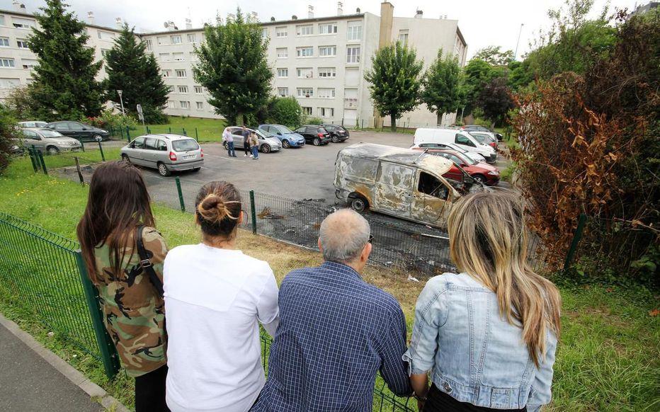 Argenteuil (95) : Agressions, voitures brûlées… les habitants n'en peuvent plus. «Ma fille se réveille en hurlant que c'est la guerre»