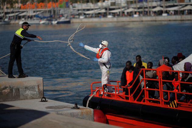 Espagne : 300 migrants secourus en 3 jours