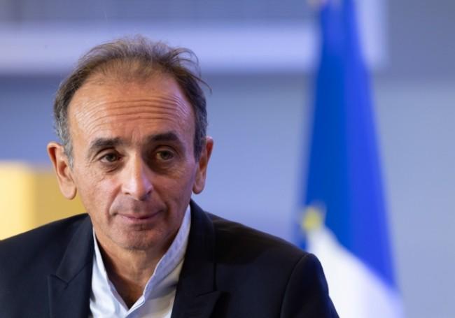 """Union des droites : Zemmour assure n'être """"candidat à rien"""""""