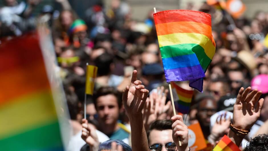Sondage : 63% des musulmans considèrent l'homosexualité comme une «maladie» ou une «perversion sexuelle»