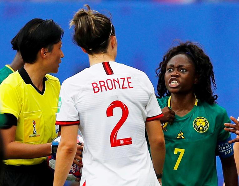 Foot féminin : Crachats, insultes, agressions : l'attitude des Camerounaises sévèrement jugée par les médias anglais