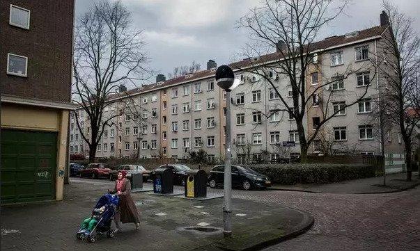 Pays-Bas : «Pendant un instant, Amsterdam ressemblait à un microcosme de la Syrie ou de l'Irak» témoigne un journaliste agressé