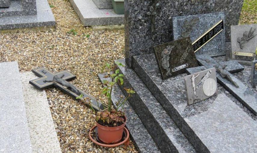Callengeville (76): près de 60 sépultures vandalisées