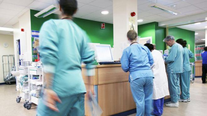 Royaume-Uni: les médecins étrangers sont à l'origine de 60% des agressions sexuelles sur patients