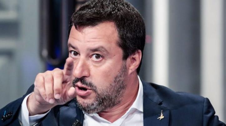 Matteo Salvini : «Les choix faits à Paris et à Berlin, concernant les migrants, ça suffit !»