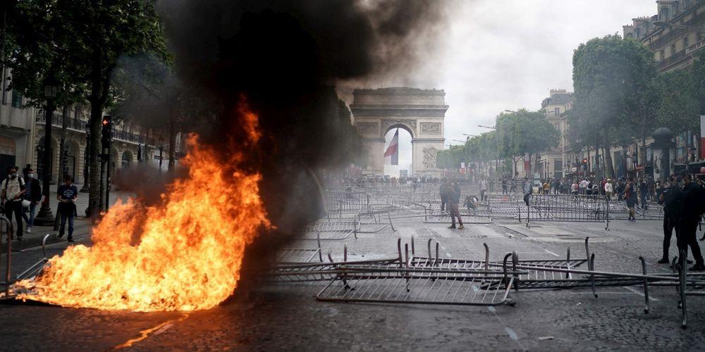 14 juillet : vives tensions sur les Champs-Elysées (Màj vidéo)