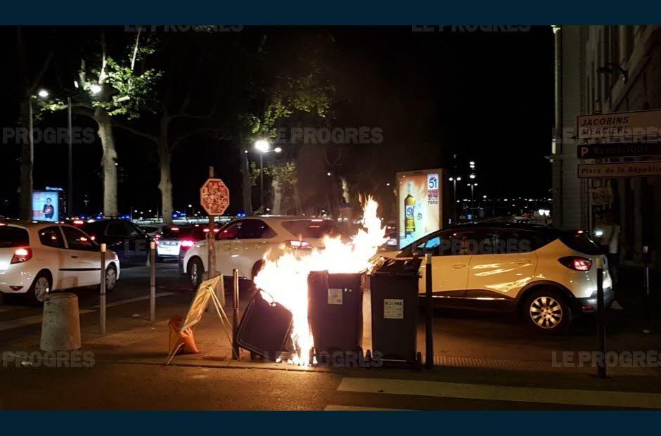 Lyon : «scènes de chaos» de l'après match, les pompiers sont intervenus plus de 150 fois