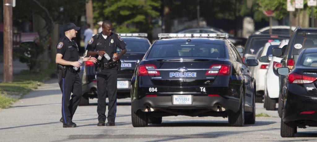 USA: un Noir n'est pas davantage en danger face à un policier blanc, selon une étude