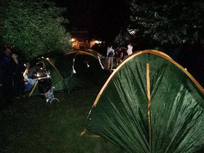 Paris : des migrants montent un campement au Parc de la Villette pour « se rendre visibles »