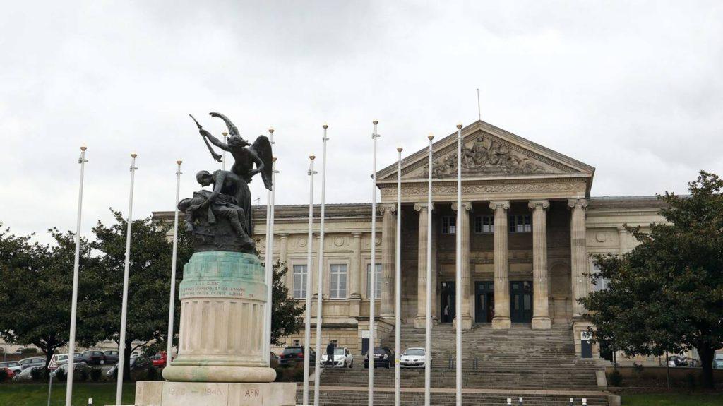 Angers : des bars à chicha au cœur d'un trafic de stupéfiants, plusieurs personnes mises en examen