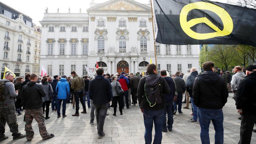 Autriche : vers l'interdiction des mouvements identitaires ?