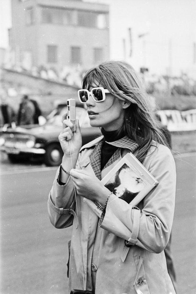 La chanteuse Françoise Hardy, icône de la Parisienne dans les années 1960.