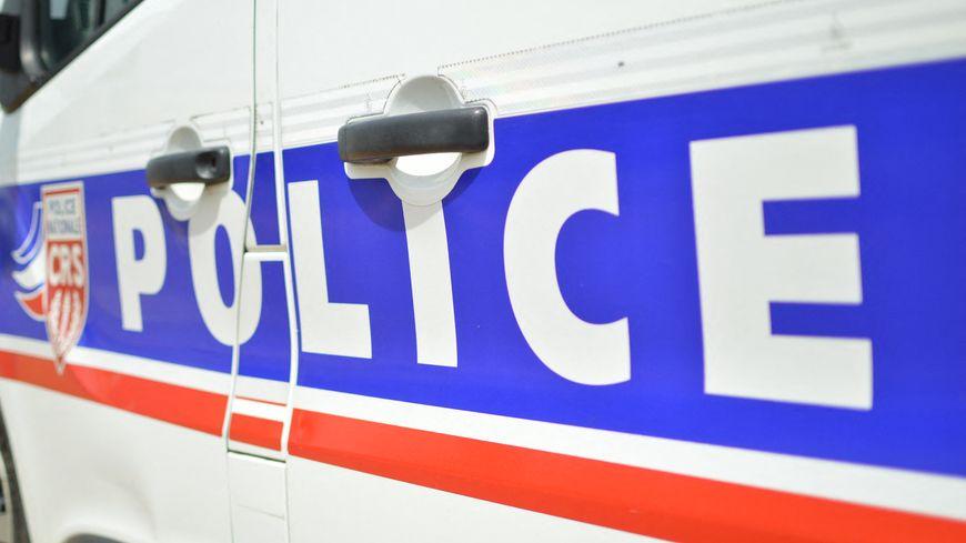Saint-Etienne (42): un homme poignardé dans le dos, 4 individus interpellés