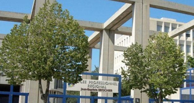 Marseille : mobilisation dans un lycée en faveur d'un deuxième élève migrant placé en rétention
