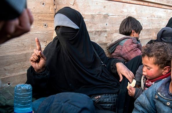 Offensive turque en Syrie : près de 800 proches de djihadistes se sont enfuis d'un camp selon les Kurdes