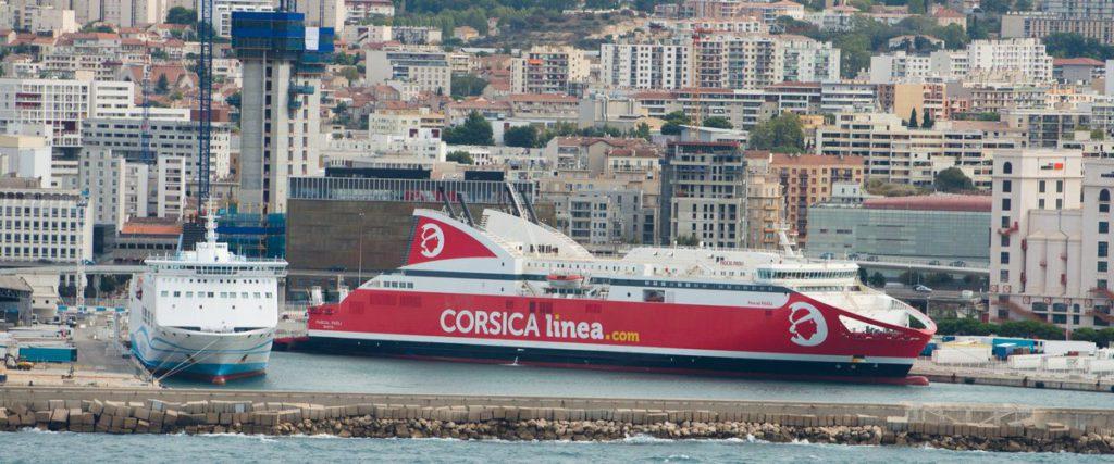 En pleine mer, une prière islamique entraîne l'intervention des gendarmes sur un navire vers Marseille