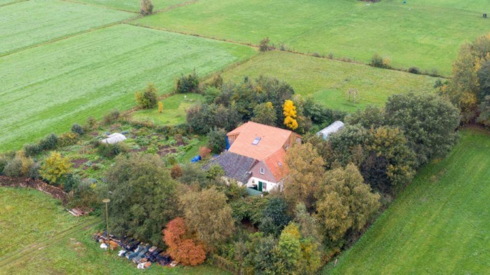 Vue aérienne prise le 15 octobre 2019 de la ferme de Ruinerwold, aux Pays-Bas, où a été retrouvée la famille.