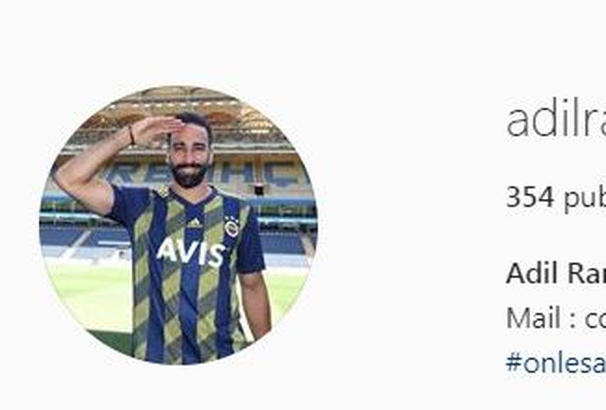 Le joueur affiche cette photo sur son compte Instagram depuis hier soir.