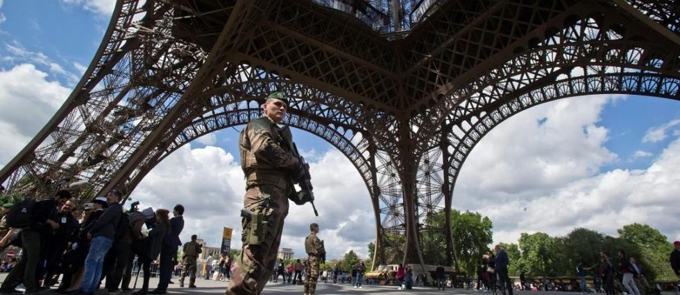 Jihadiste ou malade psy ? La difficulté de juger une tentative d'attaque à la Tour Eiffel