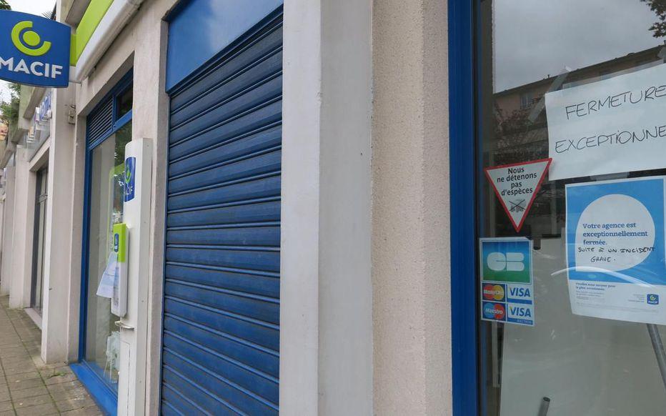 Chelles, vendredi 11 octobre. L'agence Macif est toujours fermée plus d'une semaine après l'irruption d'un assuré mécontent avec une arme automatique factice.