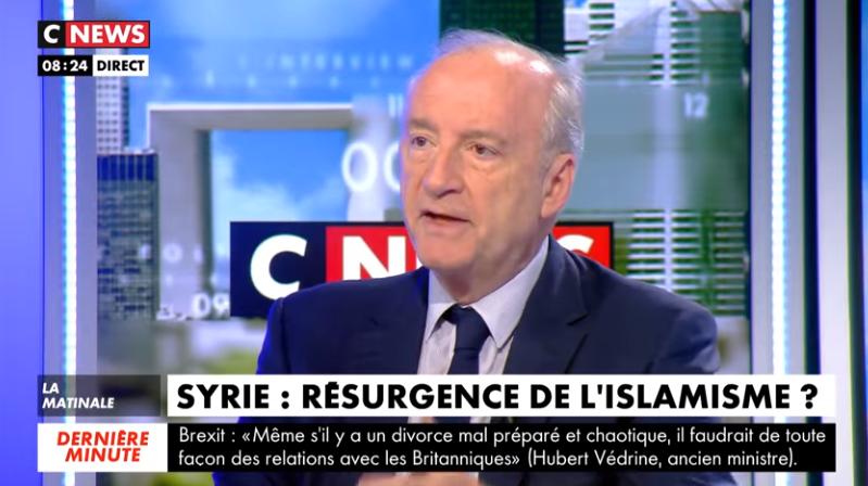 Hubert Védrine : «Le pourcentage de musulmans en France qui considèrent que la charia passe avant la République n'a cessé de monter depuis 15 ans, notamment chez les jeunes»