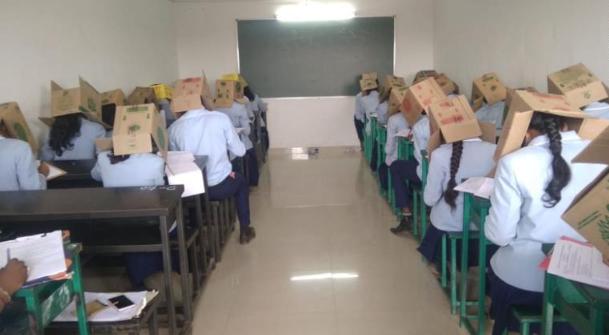 Inde : la mesure anti-triche qui fait polémique dans un lycée