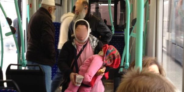 Paris : prison pour 20 membres d'un clan rom qui envoyait des mineurs voler dans le métro