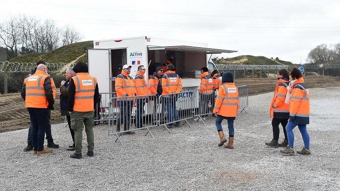 Calais (62) : des migrants privés de repas et d'eau après des agressions sur les salariés d'une association