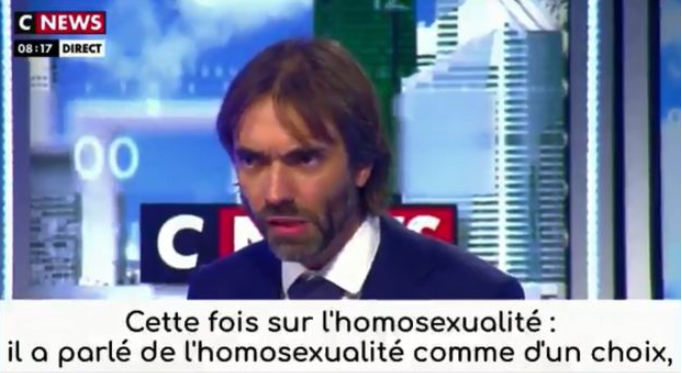 Villani, indigné par les propos de Zemmour sur l'homosexualité, aurait envisagé d'annuler sa venue sur CNews… « mais il était trop tard »