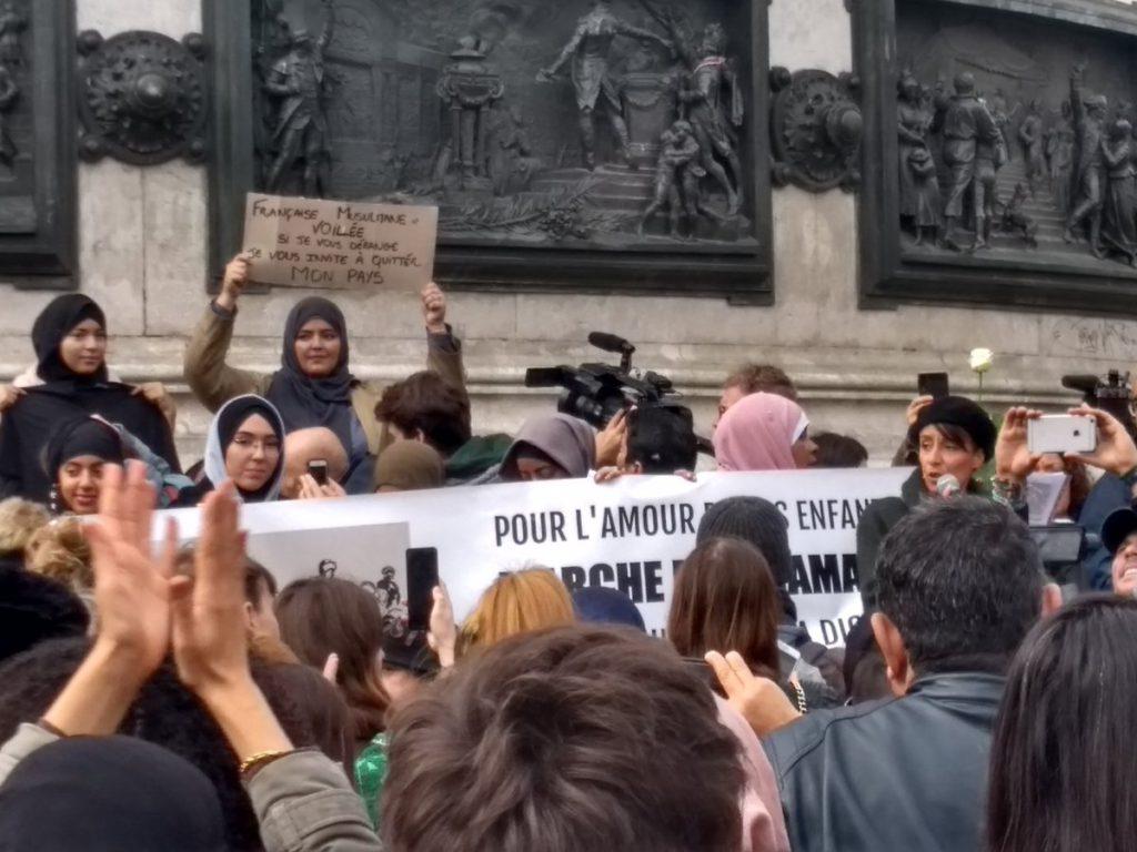 Paris : rassemblement contre l'islamophobie Place de la République