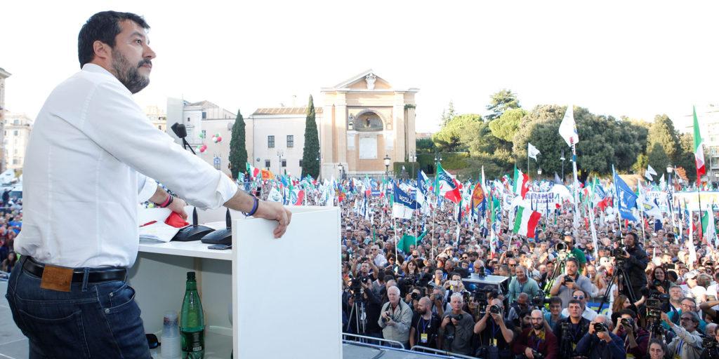 Rome : près de 200.000 personnes rassemblées contre le gouvernement à l'appel de Matteo Salvini