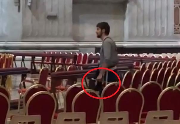 Vatican : Un individu provoque la peur à la basilique Saint-Pierre. Selon certains médias italiens, il était armé d'un couteau