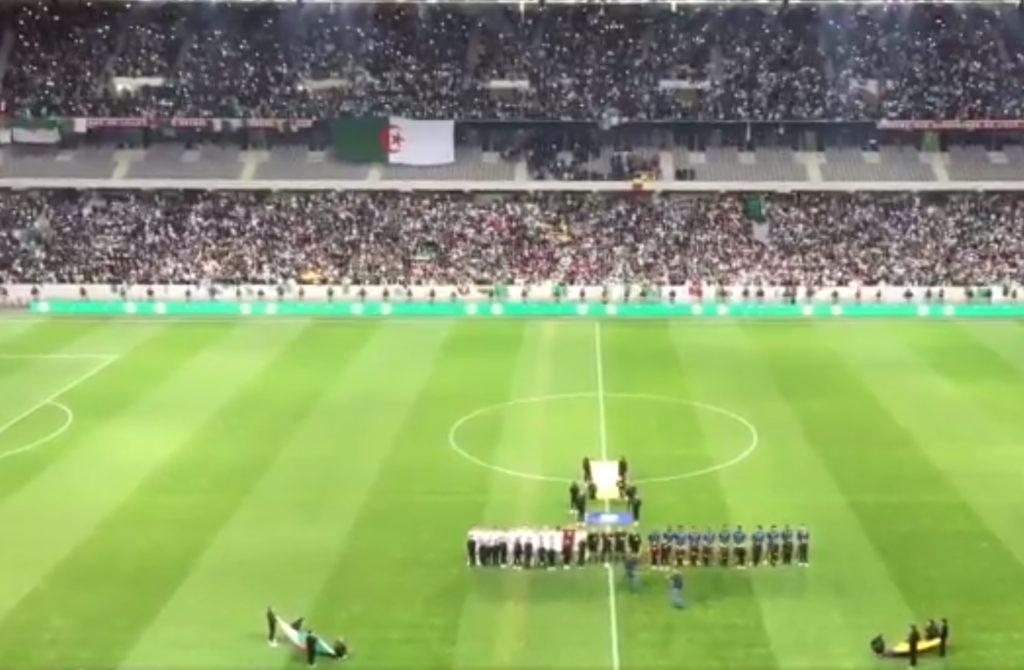 Lille (59) : Le Stade Pierre Mauroy «en feu» pour le match amical de football Algérie-Colombie : l'hymne algérien en vidéo