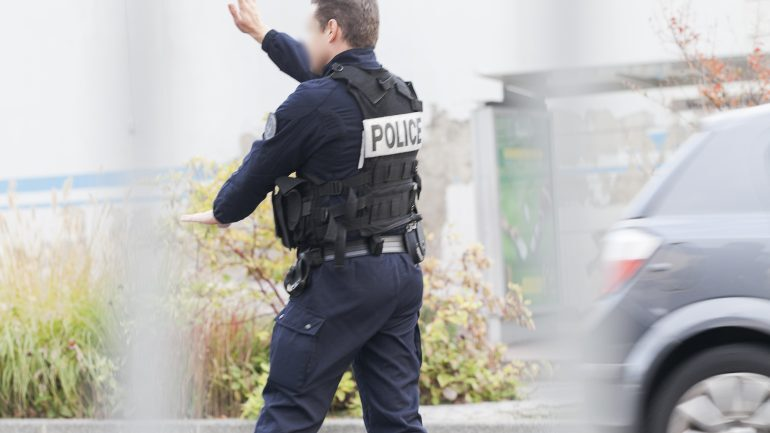 Lyon : un clandestin, qui fait l'objet d'une mesure de reconduite à la frontière, menace des passants avec une machette