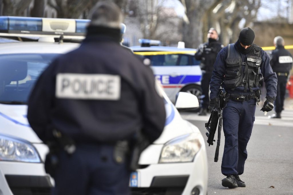 Attaque de la préfecture : un policier musulman dénonce l'installation d' «une sorte de paranoïa» dans les rangs des forces de l'ordre