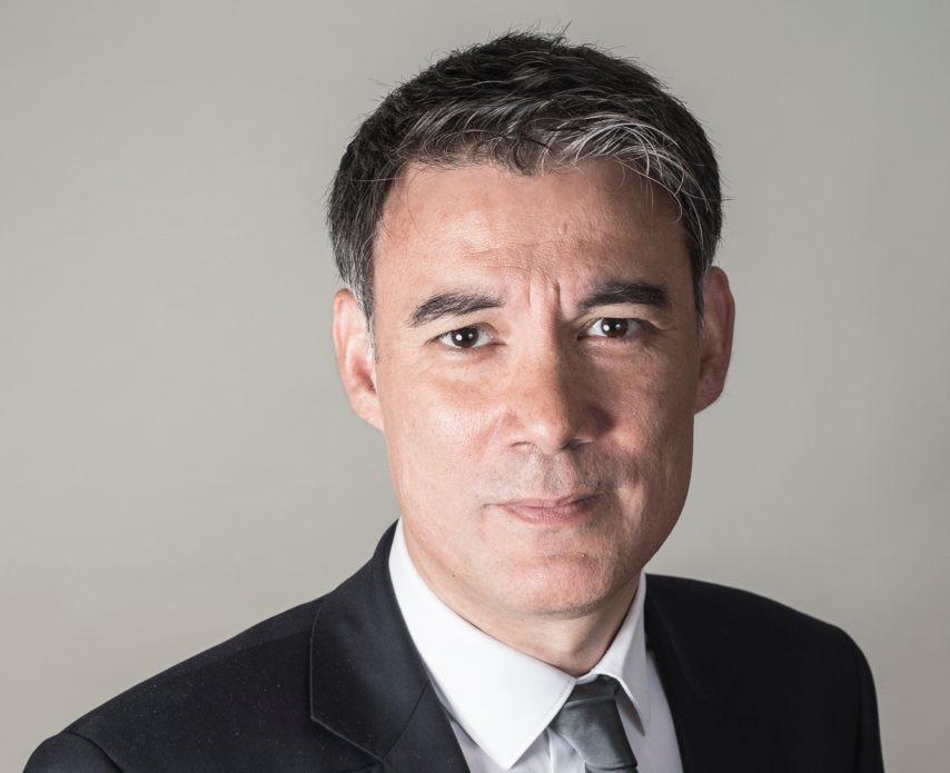 Le premier sécrétaire du PS dénonce la position de Blanquer et Le Maire sur le «foulard»