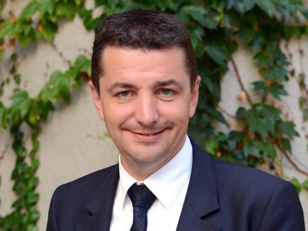 Gaël Perdriau, maire (les Républicains) de Saint-Etienne évoque «le terrorisme jambon-beurre-Beaujolais»