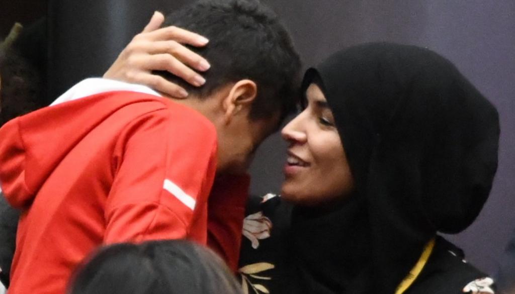 Fatima E., l'accompagnatrice en hijab : «Aujourd'hui, j'ai une opinion négative de ce qu'on appelle la République» (interview CCIF)